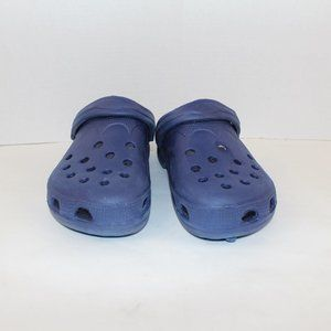 Slip on shoes for unisex size 9